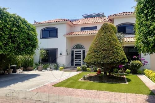Casas En Venta En Pueblo Nuevo, Corregidora