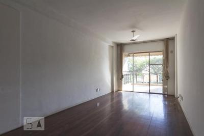 Apartamento No 2º Andar Com 2 Dormitórios E 1 Garagem - Id: 892935975 - 235975