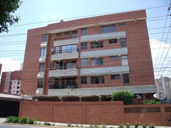 Apartamento En Alquiler. Morvalys Morales Mls #20-6867