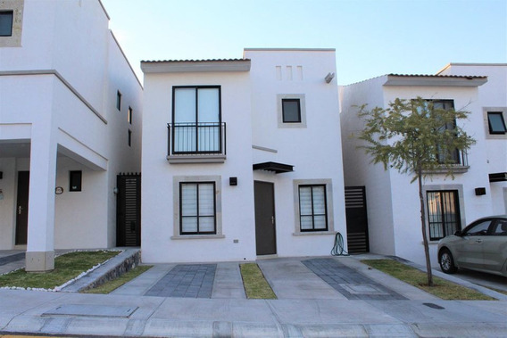 Casa En Renta En El Mirador, Queretaro, Rah-mx-21-227