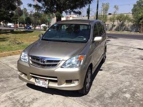 Toyota Avanza 5p Premium Aut