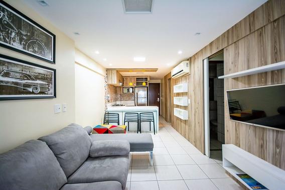 Apartamento 2 Quartos, Com Vista Para O Mar, Bairro Meireles