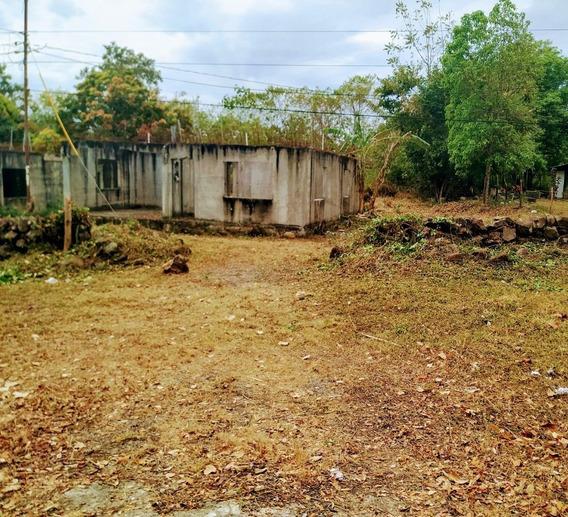 Terreno 600 M/2. Titulada. Casa En Construccion. Land 600sq.