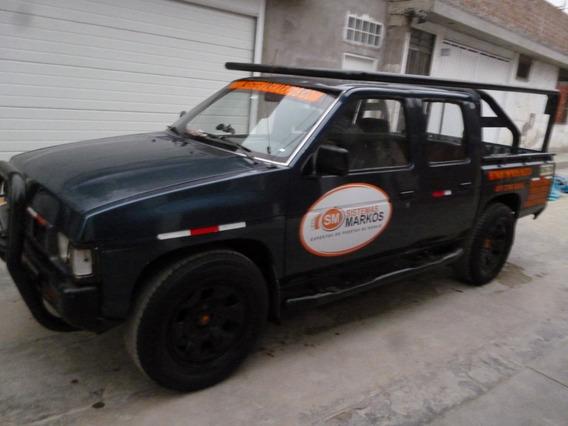 Vendo Camioneta Nissan Fiera 6000 Dolares