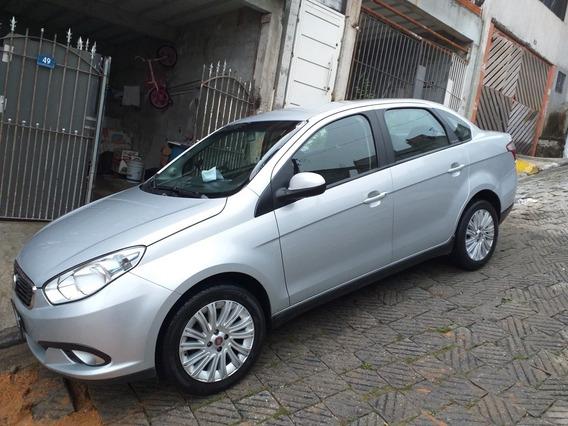 Fiat Grand Siena 1.6 16v Essence Flex 4p 2017