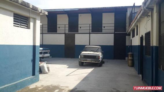 Deposito En Alquiler Carrera 31 19-8696 Telf: 04121531221