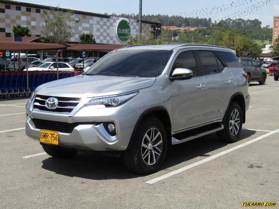 Toyota Fortuner Srv Tp 3000cc Td 4x4 7 Psj