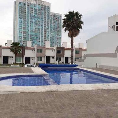 Se Renta Preciosa Casa En Santa Fe Juriquilla, 3 Recamaras, 2.5 Baños, Alberca..