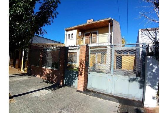 Casa 6 Amb, Con Quincho Y Pileta, Luis Guillon