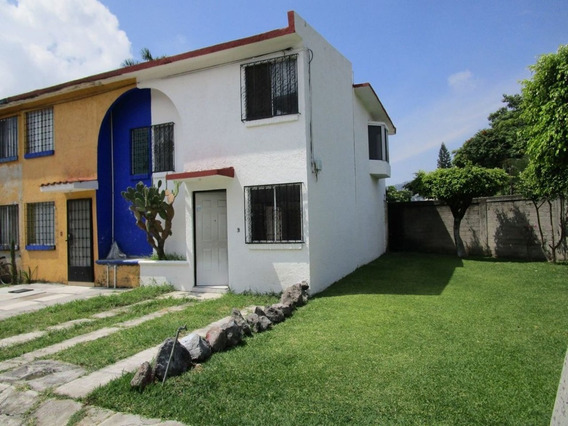 Bonita Casa En Venta En Jiutepec A 5 Minutos Del Centro