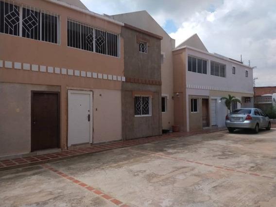 Townhouse Venta Delicias Norte Maracaibo Cod 5108