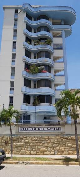 Tanaguarena, Bello Apartamento, Planta Baja,