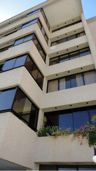 Apartamento 4 Habitaciones, Estudio.