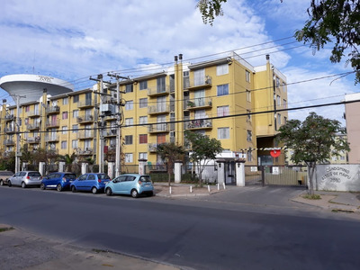 Depto Tres Dormitorio, Baño, Cocina Y Loggia, Living Comedor