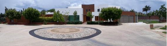 Casa Residencial En El Mejor Y Fraccionamiento De La Ciudad