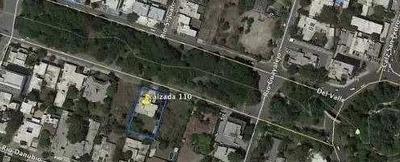 Renta - Casa Con Uso Comercial / Calz. Del Valle