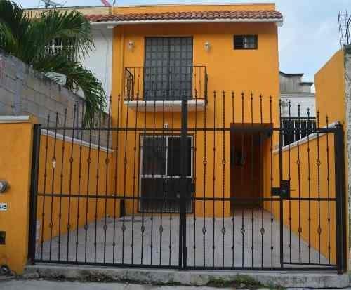 Casa 3 Recámaras En Misión Del Carmen Playa Del Carmen P3031