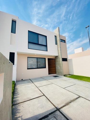 Imagen 1 de 23 de Casa Nueva Centrica En Venta En Queretaro