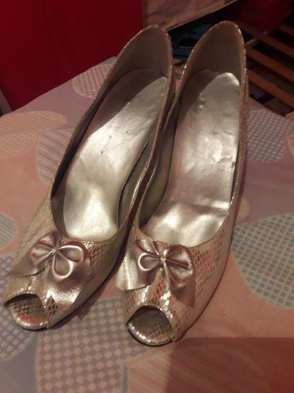Zapatos De Vestir Y Suecos