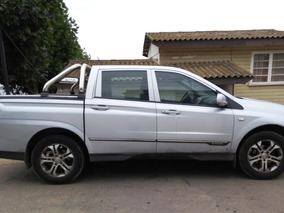 Ssangyong Actyon 2015 Diesel, 4x2 Full Automática, Sunroof,