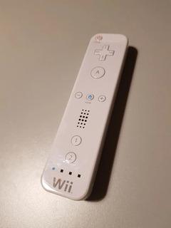 Nintendo Lata Con Forma De Control Wii Contenedora De Chicle