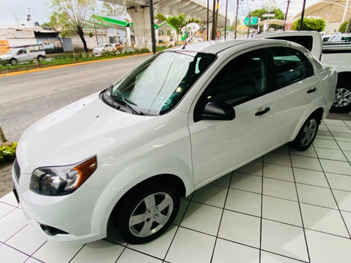 Imagen 1 de 15 de Chevrolet Aveo 2015 Ls