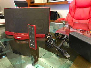 Bose Soundock Rojo Series 2 Con Entrada A 30 Pines Auxiliar