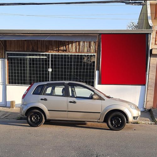 Imagem 1 de 3 de Ford