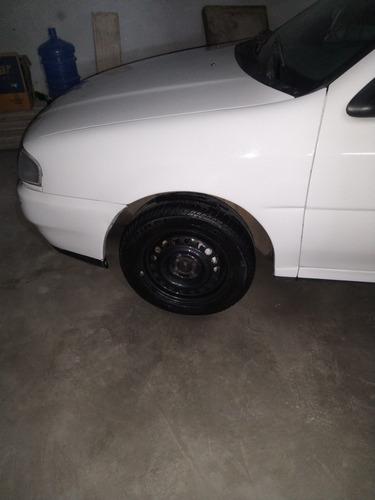 Imagem 1 de 8 de Volkswagen