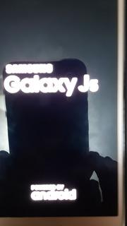 Cel Galaxy J5, 16 Gb, Dual Chips, 1.5 Mem Ram , 2 Camer, Mem