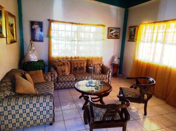 Casa Quinta Con Terreno Las Maria Av. Cancamure Farma Hogar