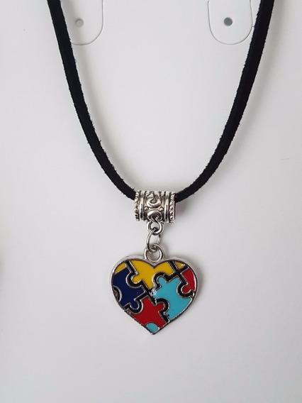 Colar Da Conscientização Do Autismo Coração Colorido Puzzle