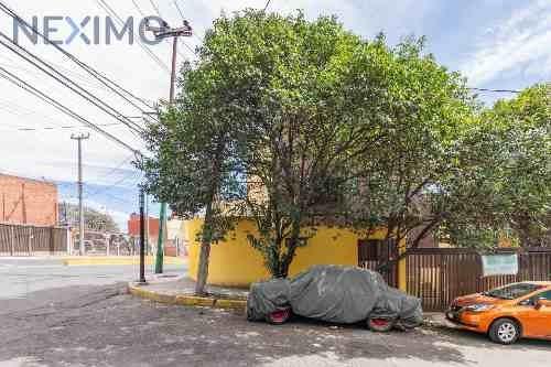 Venta De Casa En Residencial Lomas De Tarango, Cerca De Av. Centenario Y Prol. 5 De Mayo