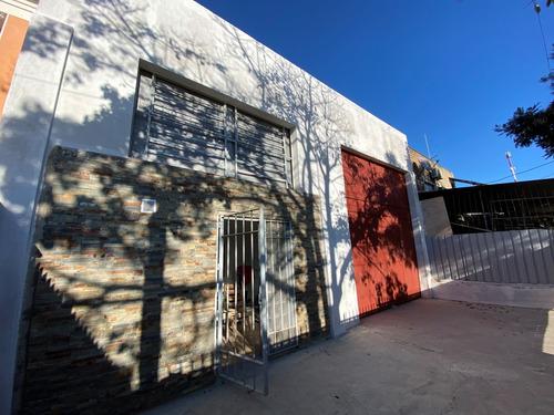 Alquiler Local Comercial 280 M2 C/ Entrepiso Gral Flores Hipodromo