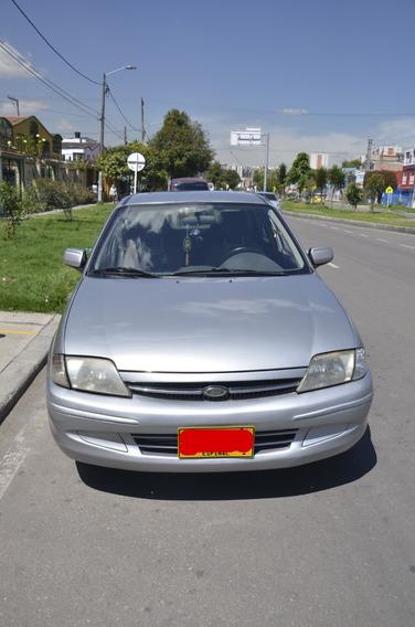 Ford Laser 2001 Gris Astral
