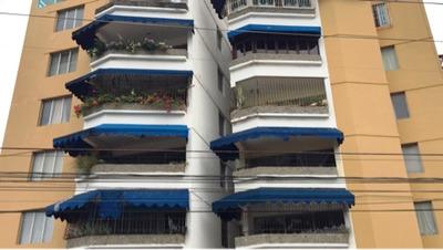 Pent House Amueblado En Venta En La Avenida Mexico.