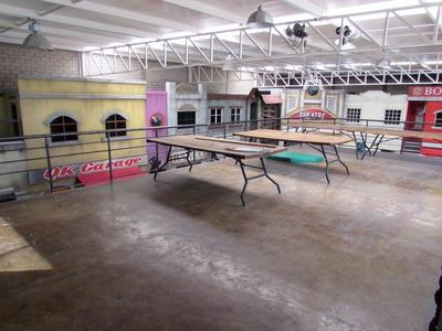En Venta Bodega Comercial O Jardín De Fiestas, En Real De Juriquilla, 1000 M2