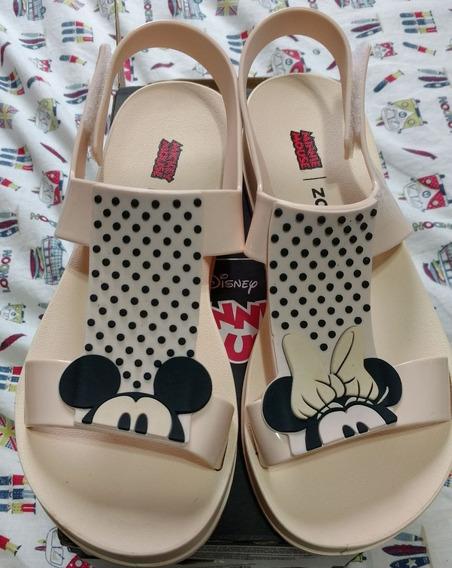 Sandália Zaxy Playful Mickey E Minnie Feminina