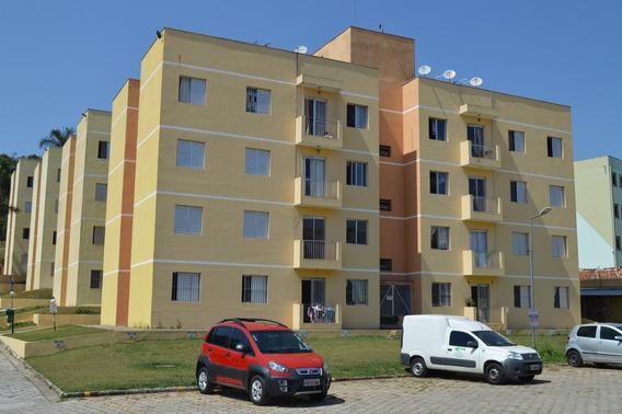 Apartamento , 2 Quartos, Sala, Cozinha, Banheiro E 1 Vaga
