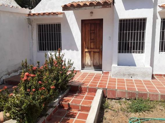 (foc-637) Casa De 2 Niveles En La Trigaleña
