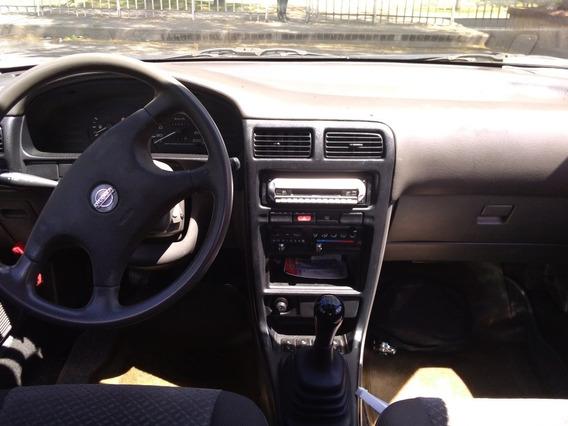 Nissan Sentra Sentra B 13