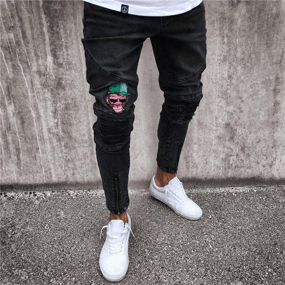 Jeans Ceñidos Rasgados De Mezclilla Con Bordado Para Hombre