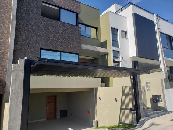 Casa A Venda No Bairro Centro Em Garopaba - Sc. - Kv702-1
