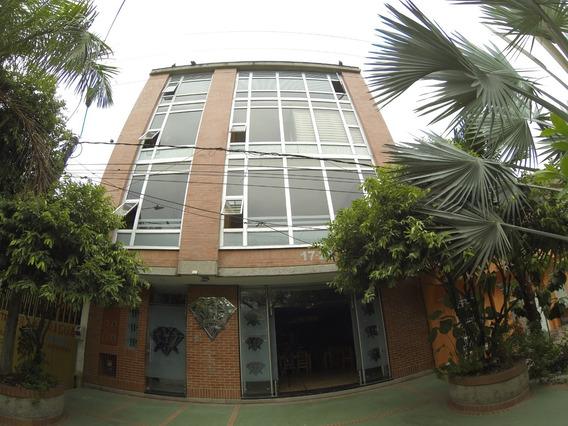 Venta Hotel En Puerto Boyaca-boyaca