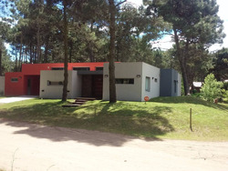 Alquilo Casa En Valeria Del Mar - Barrio Lomas - Marzo