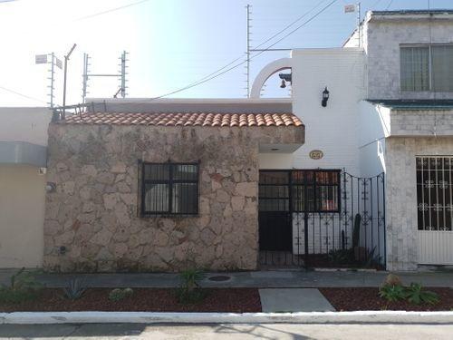 Casa En Renta En Mezquitan Country