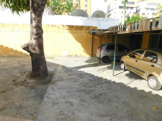 Casa Comercial En Venta Bqto Este, Al 20-2152