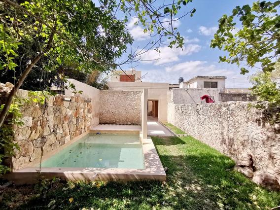 Casa Remodelada En El Centro De Mérida En Venta, Fusión De Estilos