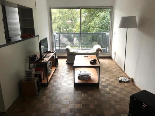 Imagen 1 de 8 de Venta Apartamento 1 Dorm En Pza Varela Con Balcon Yportería