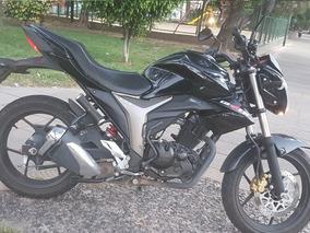 Susuki Gixxer 150 Negro